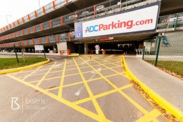 Yellow marking now also in the parking lots