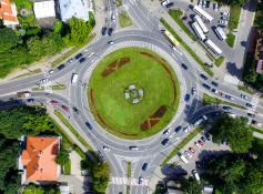 Naujas ženklinimas Vilniaus žiedinėse sankryžose