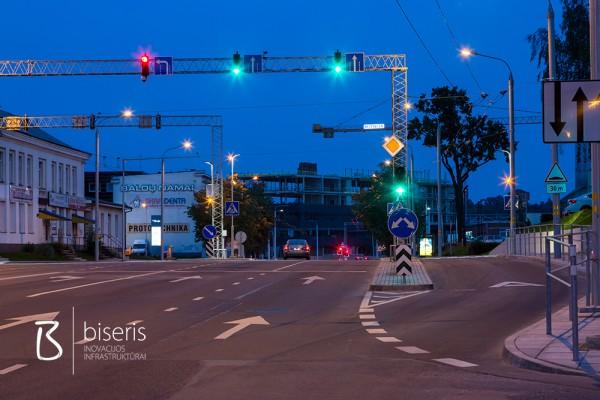 Žemaitės gatvės šviesoforinė sankryža